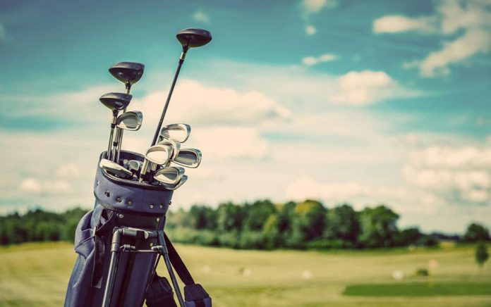 Play Golf More Comfortably With These Mobility Aids