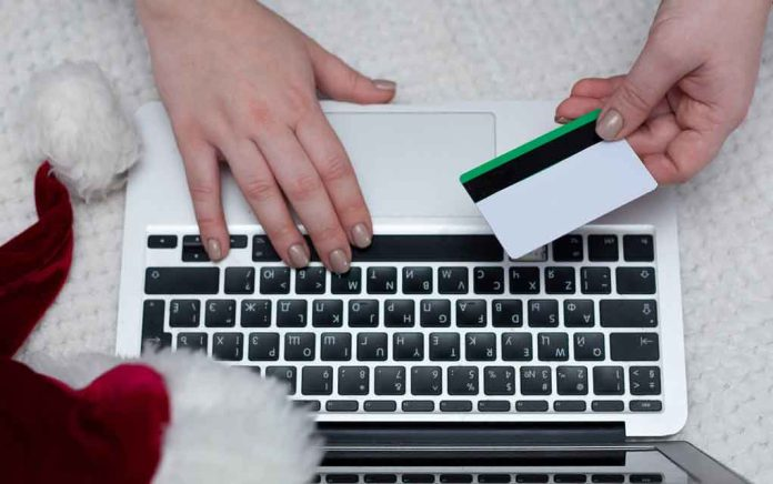 Protect Yourself From Gift Card Scams This Holiday Season