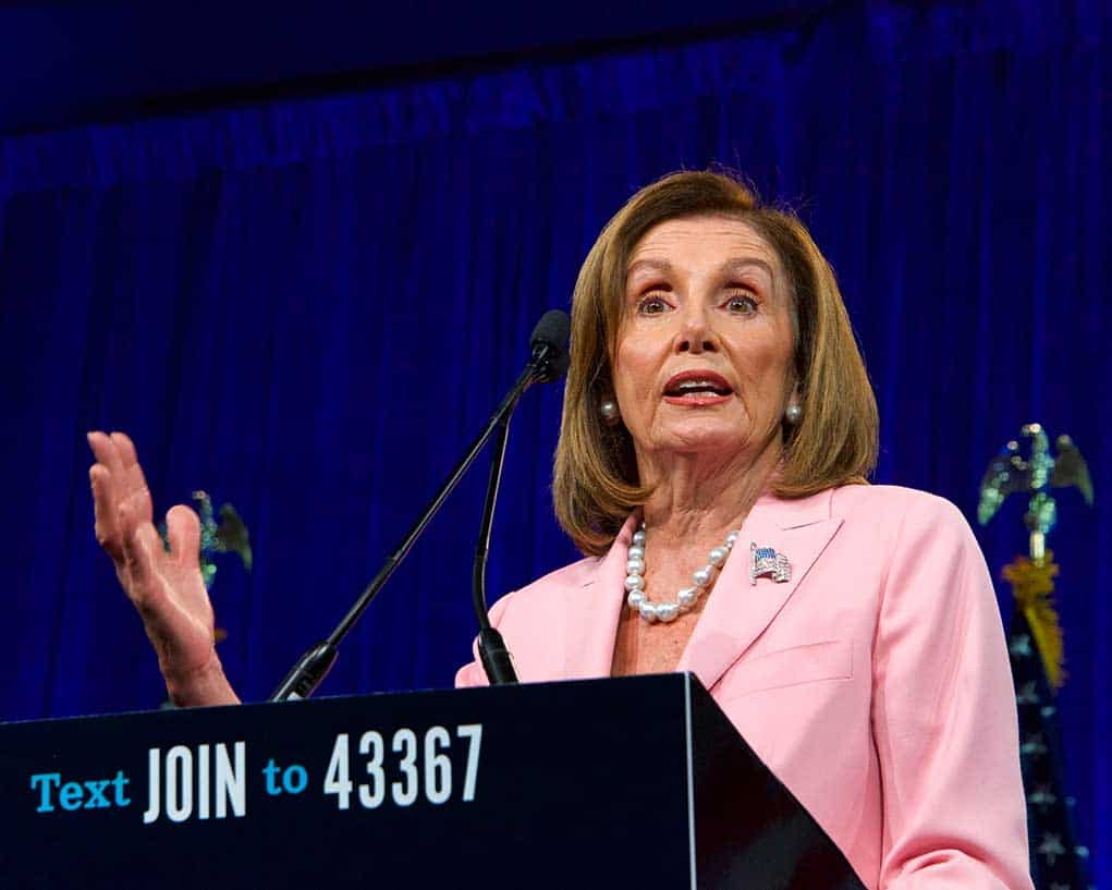 Pelosi Might Bring in Republican to Help Her With Witch Hunt Against Trump