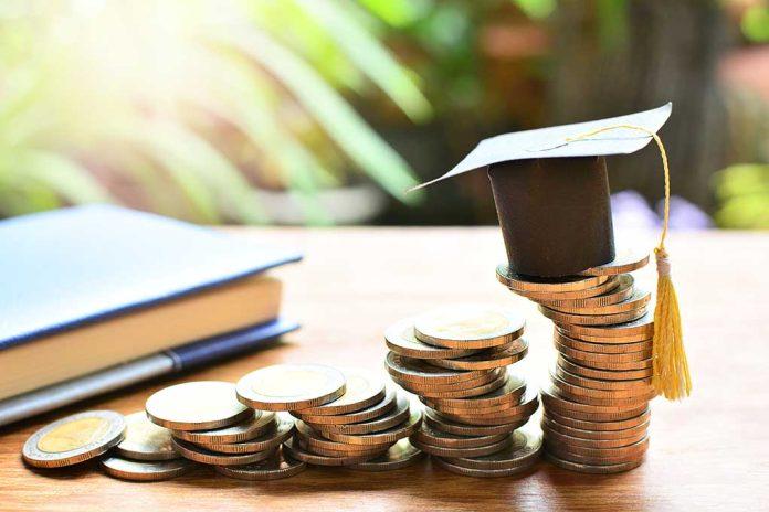 Education Secretary Warned Not to Cancel Student Debt