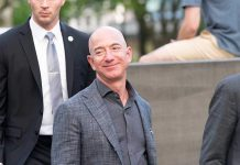 Bipartisan Group Thinks Amazon Lied to Congress